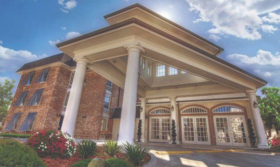 Silverado Hermann Park Memory Care & Rehabilitation | Retirement Living