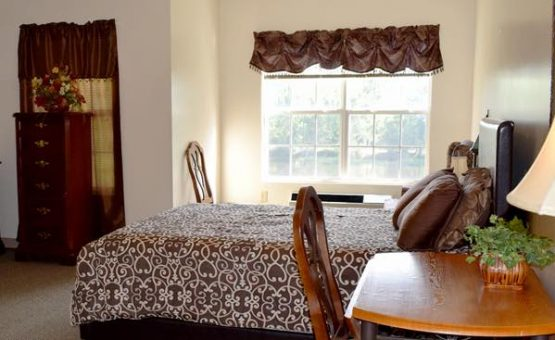 Lakeview Manor Assisted Living Facility, Inc. | Retirement Living