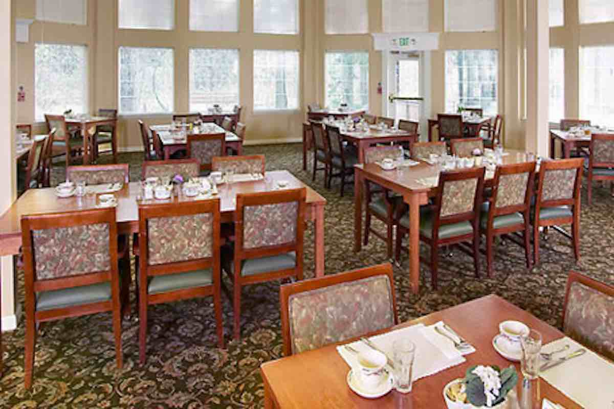 Fountain Court Dining Room
