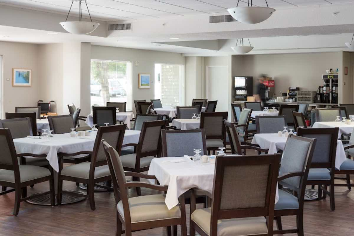 Vancouver Pointe Dining Room