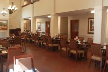 Senior Star at Woodland Terrace Dining Room